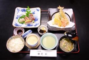 Tempra-Sashimi-Gozen